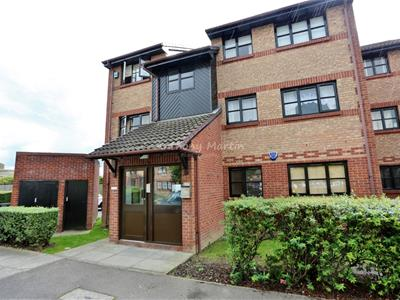 Property image of home to let in Humber Road, Dartford
